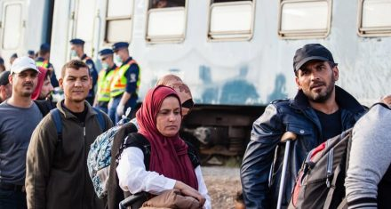 Holland bekæmper Corona med asylstop